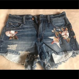 High waist American Eagle shorts